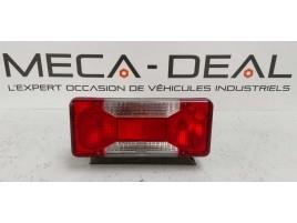 Feu arrière droit d'occasion véhicule Iveco Daily châssis de face