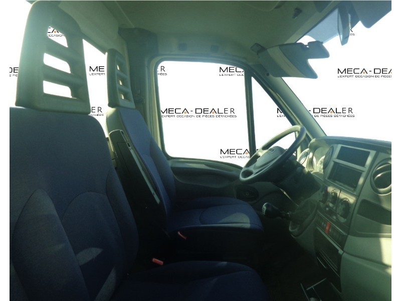 intrieur cabine doccasion iveco daily chssiscabine image 4